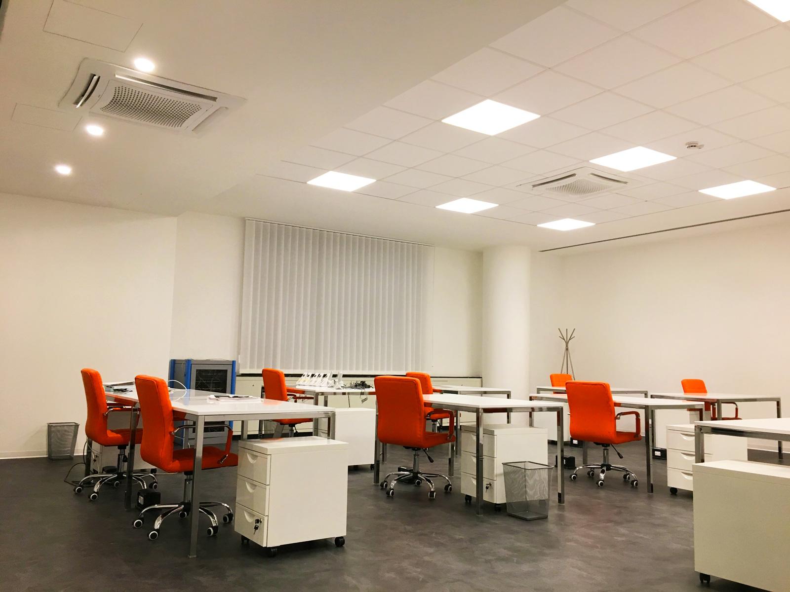Devi creare la giusta illuminazione in ufficio? rivolgiti a sololed