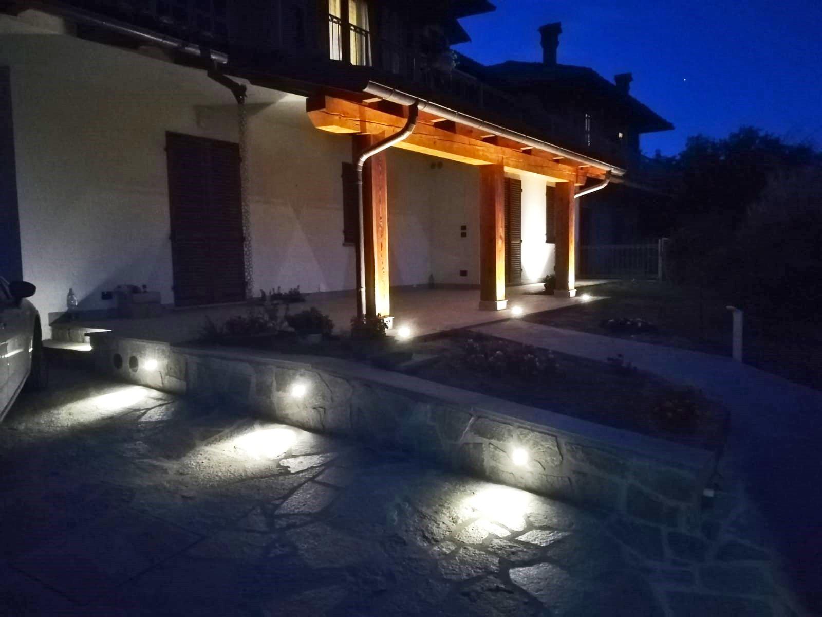 Illuminazione esterna villetta progetti puraluce illuminazione